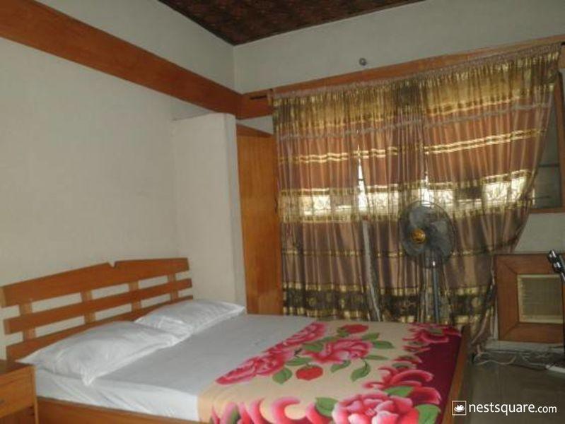 Deke Hotel, Yaba