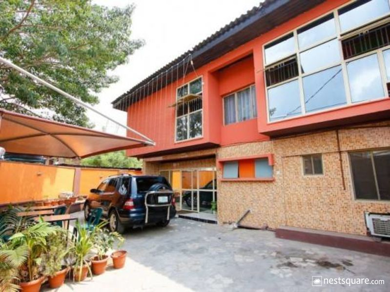 Cosmic Guest House, Ikeja