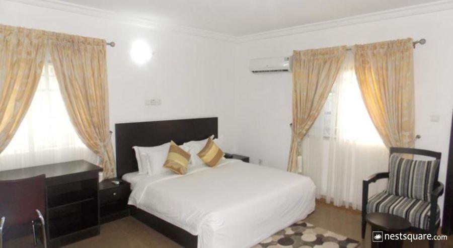 Sentinel Apartments and Suites Ltd, Durumi